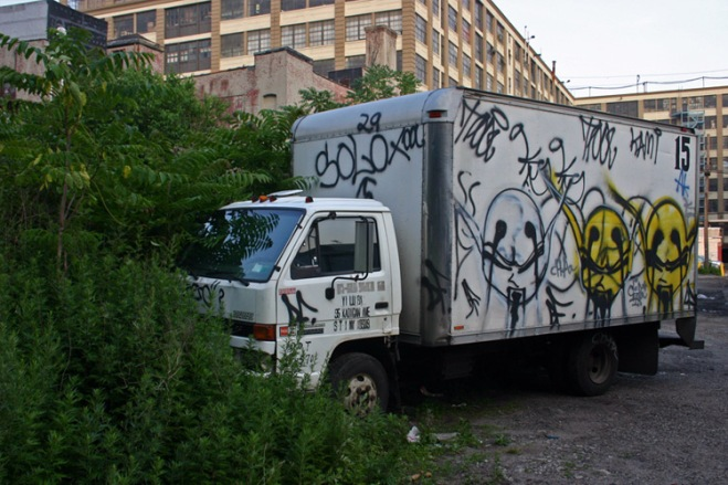 graffiti-box-truck